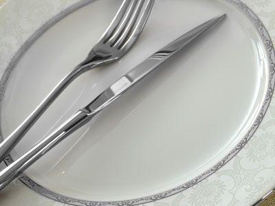 سرویس غذاخوری 28 پارچه چینی زرین ایران سری ایتالیااف طرح هدیه پلاتینی