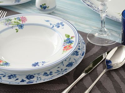 سرویس غذاخوری 28 پارچه چینی زرین ایران سری ایتالیااف طرح گرانادا